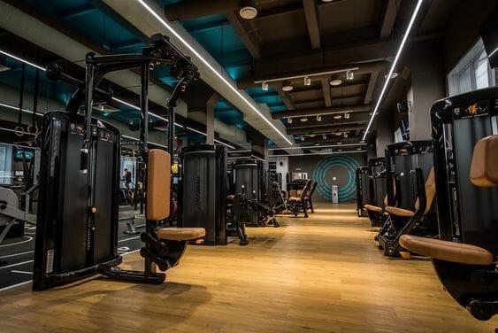 фото тренажерного зала в фитнес клубе