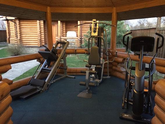 Домашний спортзал в доме (в отдельной беседке)Домашний спортзал в доме (в отдельной беседке)