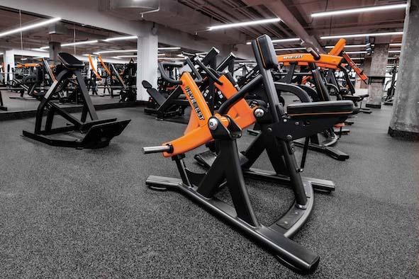 Neverest фитнес-оборудования для спортзалов от ZealSport.ru
